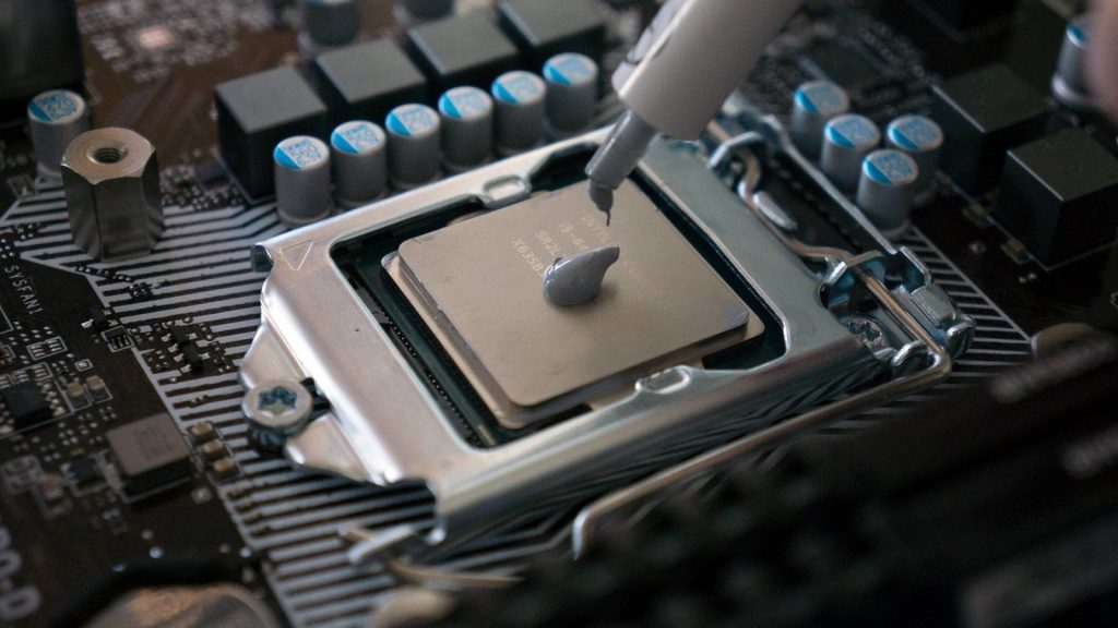 thermal-paste-application